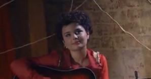 Iti mai aduci aminte de Ana Maria, cea care canta