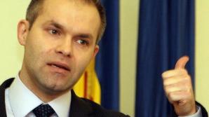 Valerian Vreme si Daniel Funeriu s-au autosuspendat din PMP