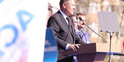 FOTO Alegeri prezidentiale 2014: Klaus Iohannis si-a lansat campania electorala la Craiova