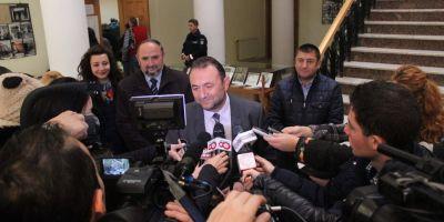 Scandalul Bica. Deputatul Catalin Teodorescu nu are voie sa parasesca tara. Parlamentarii au facut scut in jurul lui