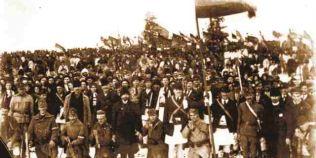 Unirea din 1918, vazuta de ziaristi romani si maghiari