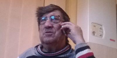 Viata de poveste a lui Mos Nicolae din Cluj, fiul lui Mos Craciun. Cum a ajuns de la box la ceasuri si de la reparat motoare la condus banci