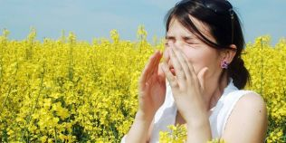 Alergiile de primavara: simptome si tratamente recomandate de medici
