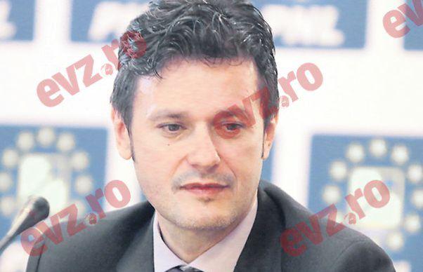 O noua delimitare de Marian Munteanu. Razvan Sava, candidatul PNL la primaria Sectorului 4 isi depune singur candidatura