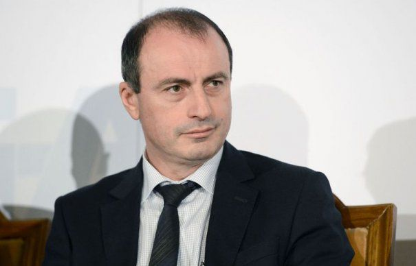 Ministrul Agriculturii: Oficiali ai Comisiei Europene plecau din Romania cu ladite de fructe si legume. Acum am ajuns sa mancam din import