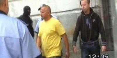 Scene de o violenta rara la Craiova. Interlopii s-au batut in centrul orasului, pentru suprematie, cu sabii, cutite si tevi