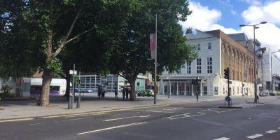 VIDEO Alerta de securitate la Londra. Teatrul Old Vic a fost evacuat