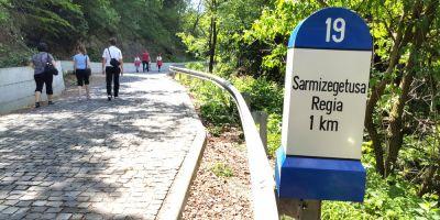 Un turist venit la Sarmizegetusa Regia de la 500 de kilometri s-a intors acasa cu o amenda. Ce regula a incalcat