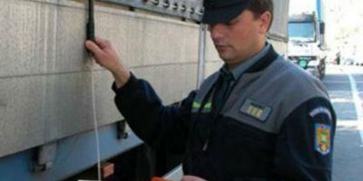 Sute de calorifere ceramice furate din Franta au fost gasite la Varsand. Marfa este in valoare totala de 102.000 euro