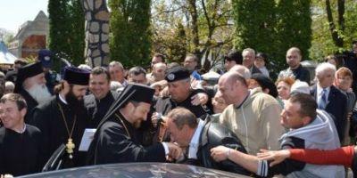 Unde s-a retras fostul episcop de Husi, implicat intr-un scandal sexual. Decizia secreta a Sinodului: Corneliu Barladeanu, platit in continuare de BOR