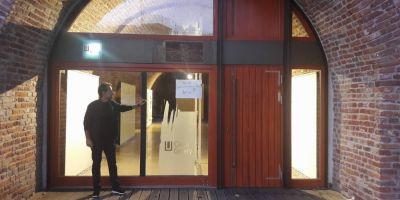FOTO Conditia artistului in Timisoara. Galeria de arta care a intrat in faliment dupa ce primaria a marit chiria de 46 de ori:
