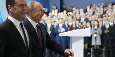 Alegeri Rusia. Comunistii anunta un candidat-supriza, in timp ce Putin primeste sprijinul