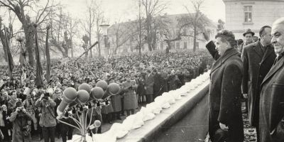 FOTO Fastul si megalomania cu care a sarbatorit Ceausescu 50 de ani de la Marea Unire, in 1968, la Alba Iulia
