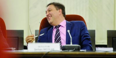 Serban Nicolae, pentru Euronews: Coruptii si demnitarii nu trebuie arestati. Arestul preventiv e doar o forma de a arata puterea procurorilor